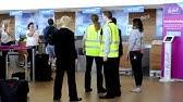 ABBA Flashmob am Flughafen
