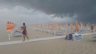 Unwetter mit Hagel und Sturmböen fegt über die italienischen Adriaküste