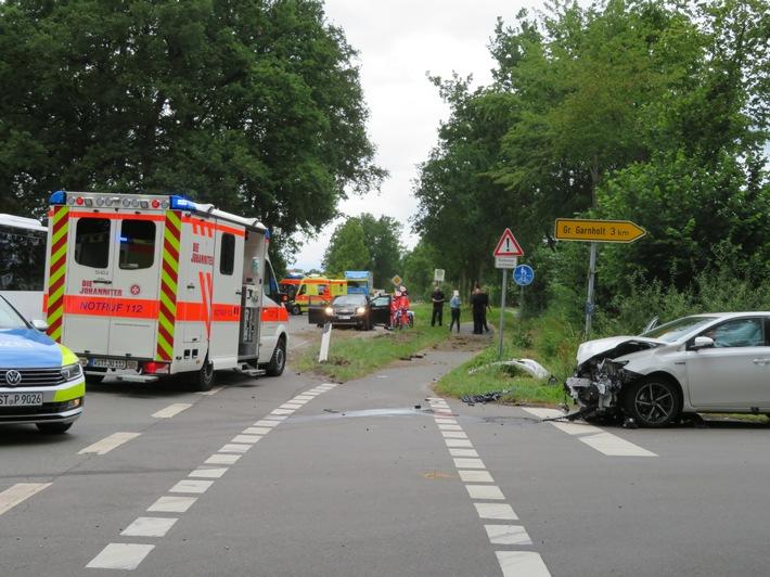 Unfall mit vier Verletzten auf landstraße