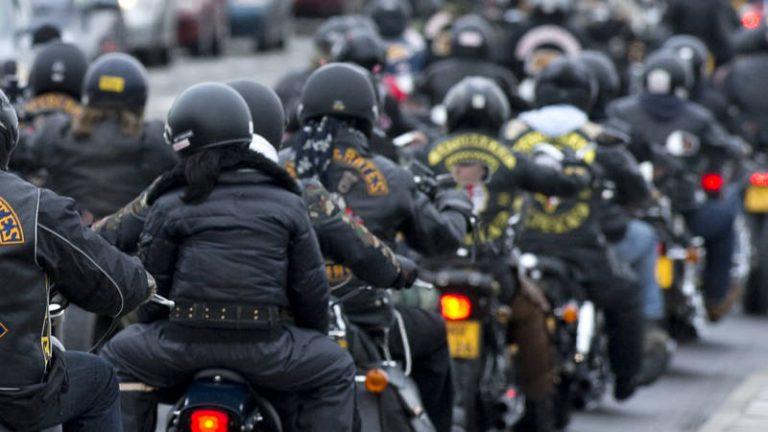Manche Motorräder und Sportwagen viel lauter als bisher bekannt