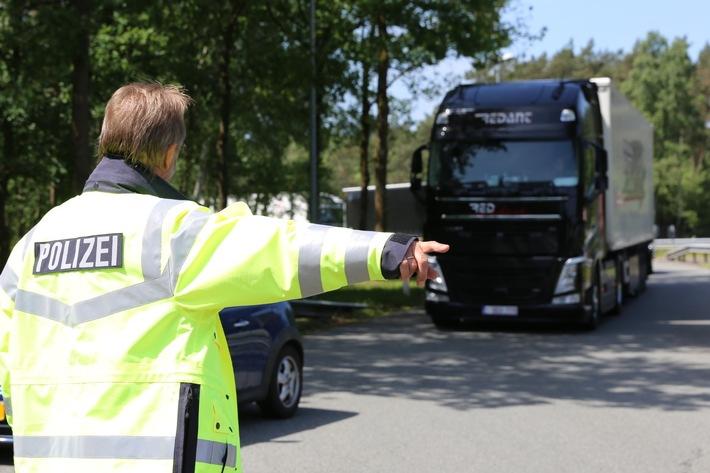 """Polizei beteiligt sich an bundesweiter Verkehrsaktion """"Sicher.mobil.leben – Brummis im Blick"""""""