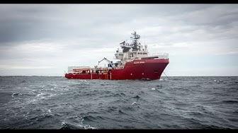 "SEENOTRETTER: ""Ocean Viking"" nimmt weitere Migranten auf"