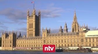 Britische Regierung enthüllt Brexit-Schreckenszenarien