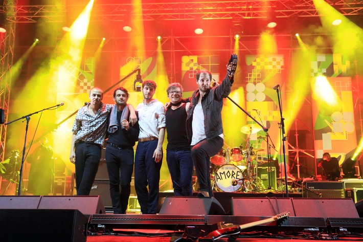 """""""zdf@bauhaus"""": Open-Air-Konzerte von Wanda und Nico Santos"""