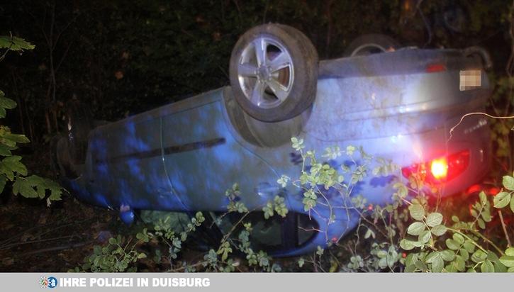 Auto überschlägt sich: Insassen flüchten