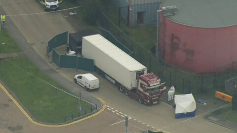 Polizei findet 39 Tote in Lkw-Container nahe London
