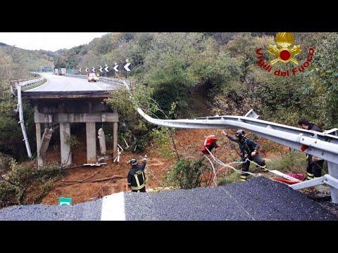 Autobahnbrücke in Italien eingestürzt