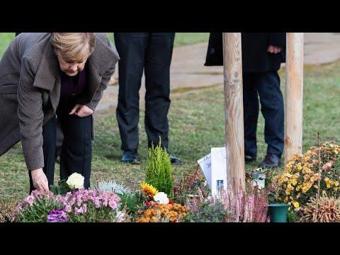 Lautstarke Gegendemonstration: Merkel in Zwickau bei Gedenken für NSU-Opfer