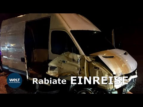 Migranten durchbrechen mit Kleintransporter Grenzzaun zur Exklave Ceuta