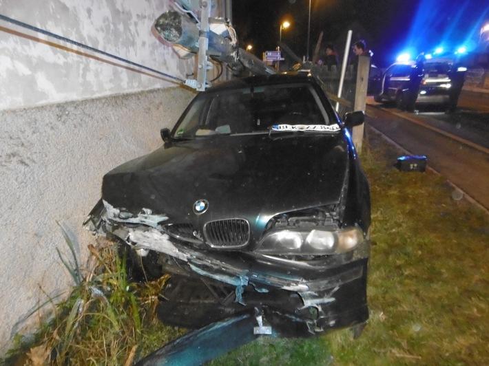 BMW-Fahrer flüchtet vor Polizei