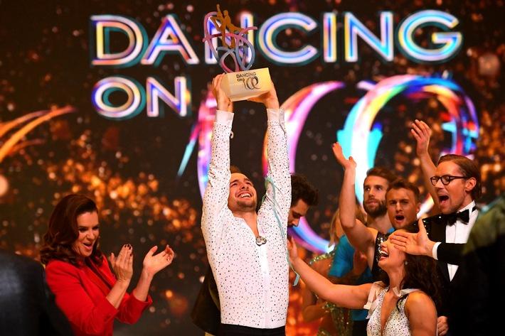 """Eric Stehfest gewinnt die SAT-Show """"Dancing on Ice"""""""
