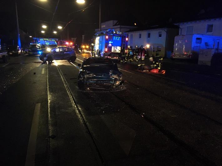 NRW: Unfall mit eingeklemmter Person