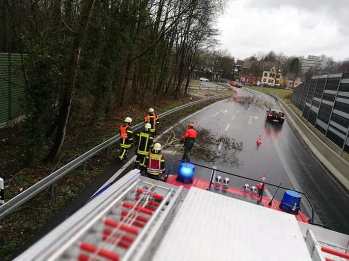NRW: 15 Sturmeinsätze am Samstagnachmittag