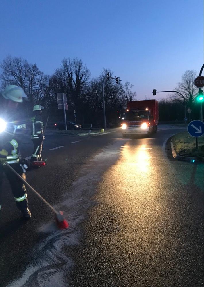 Schermbeck: Ölspur auf der Kirchstraße