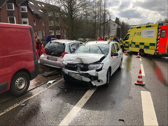NRW: Verletzte und hoher Sachschaden nach Unfall