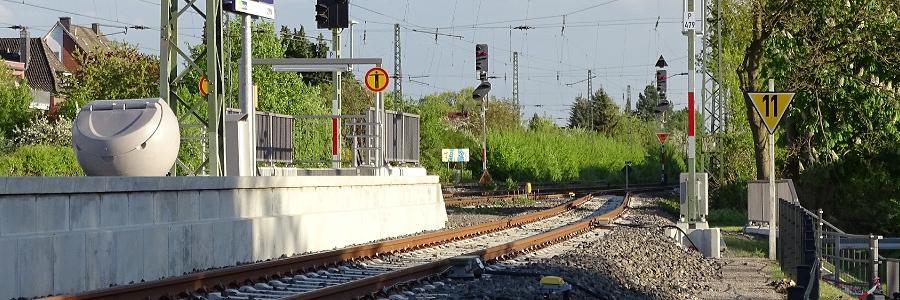 Wittenberg: Weil Zug nicht mehr fuhr: Mann bewirft Regionalbahn und Zugpersonal mit Schottersteinen