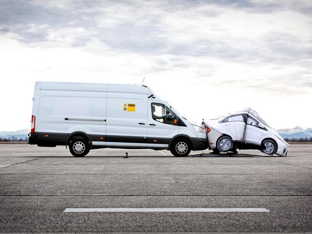 Notbremsassistenten lebenswichtig bei Transportern