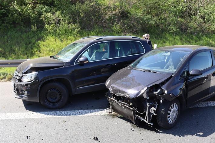 A43: Ein Schwerverletzter und 17.500 Euro Sachschaden