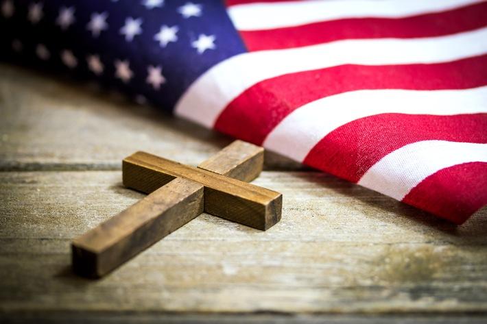 """""""Bibeltreue Supermacht"""" und """"Macht und Machenschaften USA"""" in ZDFinfo"""