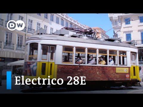 Sightseeing in Lissabon mit historischer Straßenbahn
