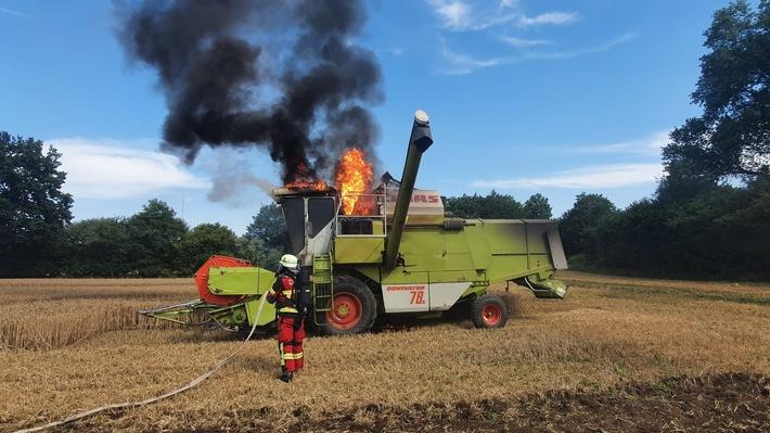 Bad Segeberg: Mähdrescher fing Feuer – scnelles Eingreifen verhinderte Schlimmeres