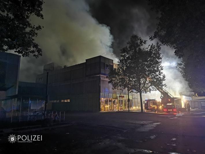 Kaiserslautern: Großbrand in der Innenstadt zerstört zwei Gebäudekomplexe