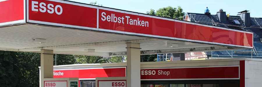 Recklinghausen: Raub mit Schusswaffe auf Esso Tankstelle