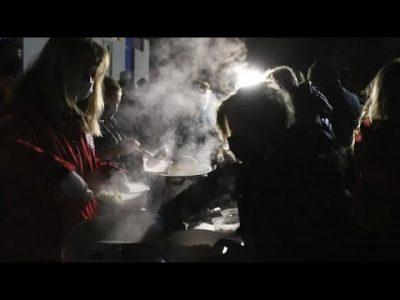 Nach dem Erdbeben: Tausende schlafen in Notunterkünften