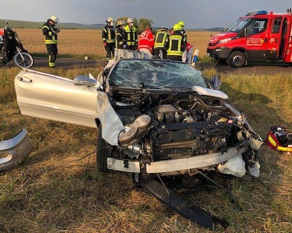 K53: Verkehrsunfall mit schwerstverletzter Person auf der Landstraße